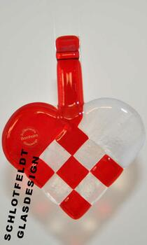 Weave heart of Glass from Schlotfeldts-Glasdesign Svaneke on Bornholm