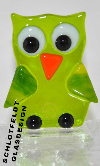 Bright Green Owl of Glass from Schlotfeldts-Glasdesign Svaneke on Bornholm