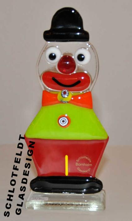 Clown Green Red of Glass from Schlotfeldts-Glasdesign design Svaneke on Bornholm