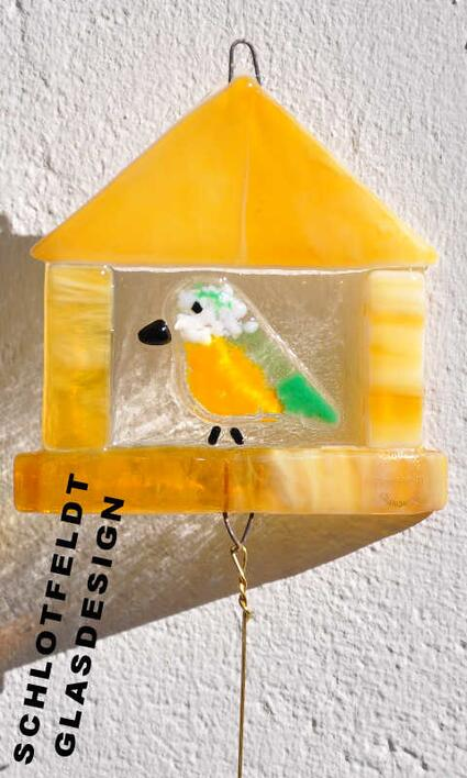 Birdhouse green tail of Glass from Schlotfeldts-Glasdesign Svaneke on Bornholm