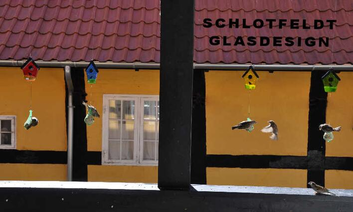 Birdhouses of Glass from Schlotfeldts-Glasdesign Svaneke on Bornholm