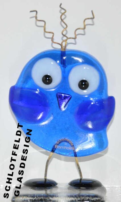 Shy Master Bird Blue made of glass from Schlotfeldts-Glasdesign Svaneke on Bornholm