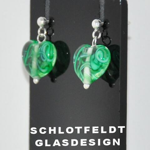 Heart Earrings of Glass with Silver Stick from Schlotfeldts glass design Svaneke on Bornholm.